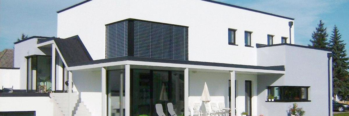 Modernes Massivhaus von Perndorfer mit best gedämmter Fundamentplatte